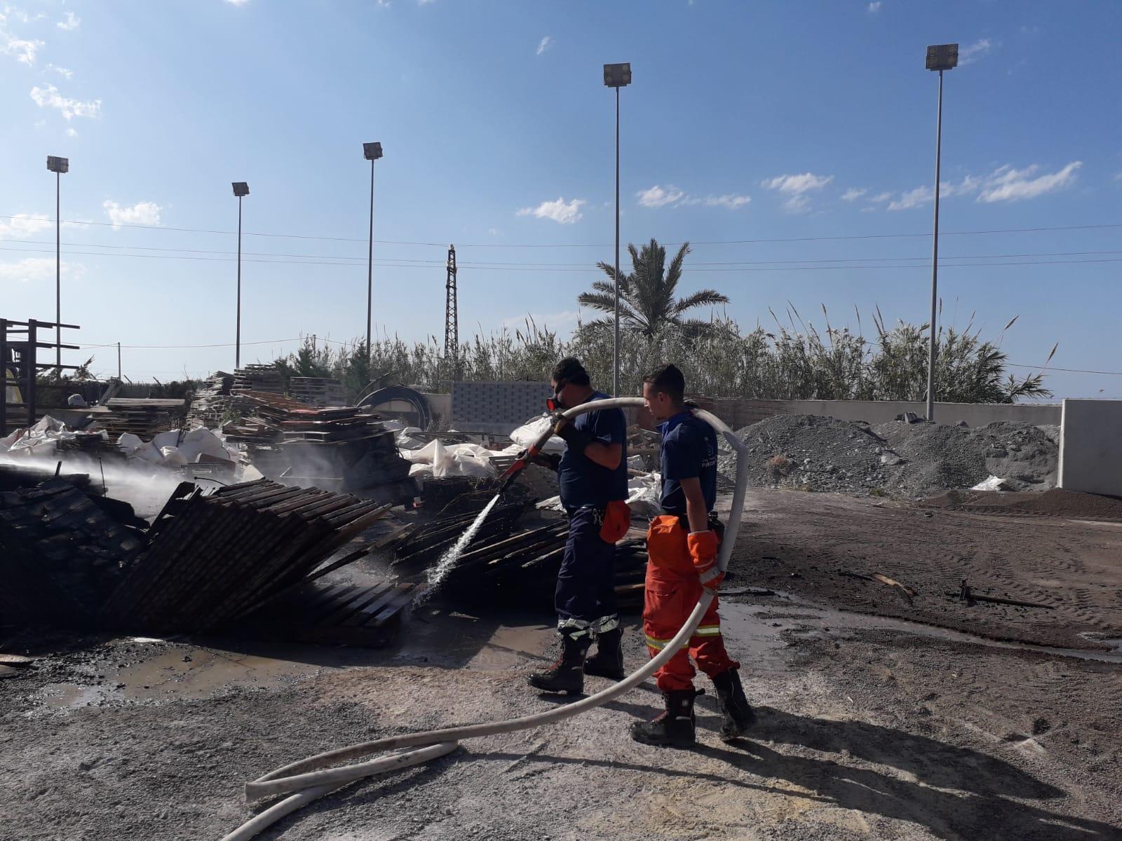 Incendi in tutta la provincia: fiamme anche a Termini Imerese e Cefalù