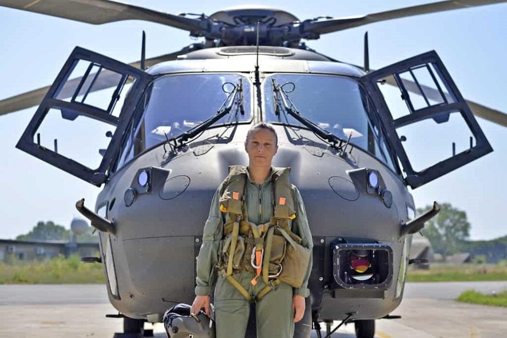 Stefania Forestieri, la prima donna pilota madonita alla guida di un UH-90