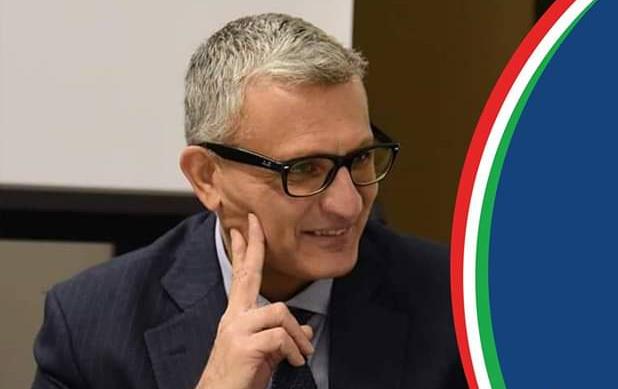 Francesco Caratozzolo è il candidato del centrodestra, ma Fratelli d'Italia si smarca