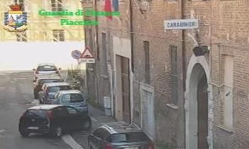 Gli arresti dei carabinieri a Piacenza: il comandante è di origini madonite
