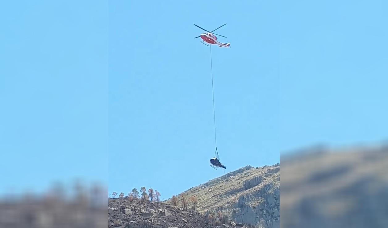 Recuperata la carcassa dell'elicottero precipitato a Collesano – VIDEO