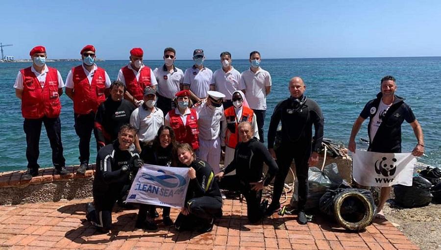 Pulizia dei fondali e delle spiagge: a Cefalù all'opera i volontari