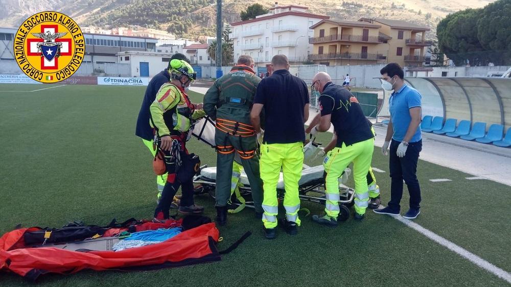 Fibrillazione atriale mentre è al mare, donna salvata dal soccorso alpino