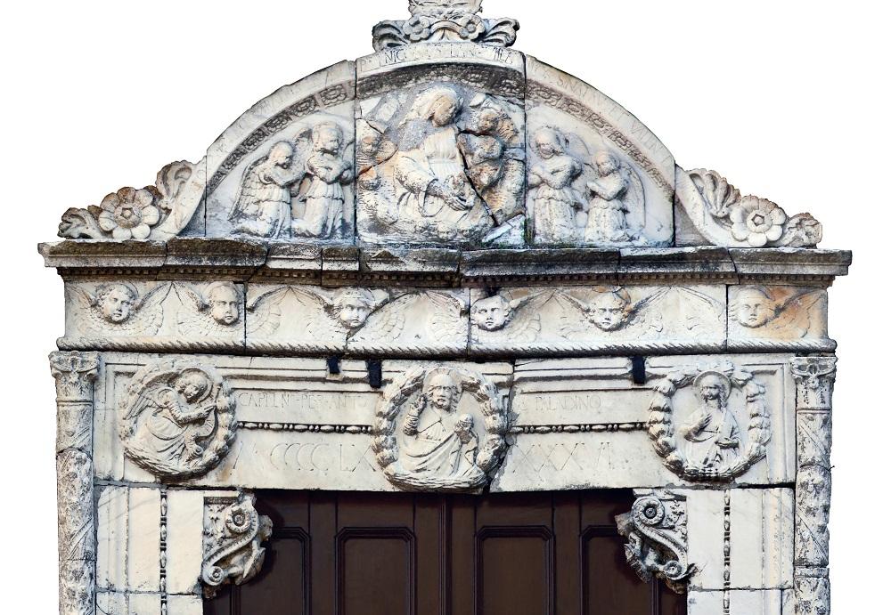 Il Portale del Quattrocento torna agli antichi splendori: finanziato il restauro