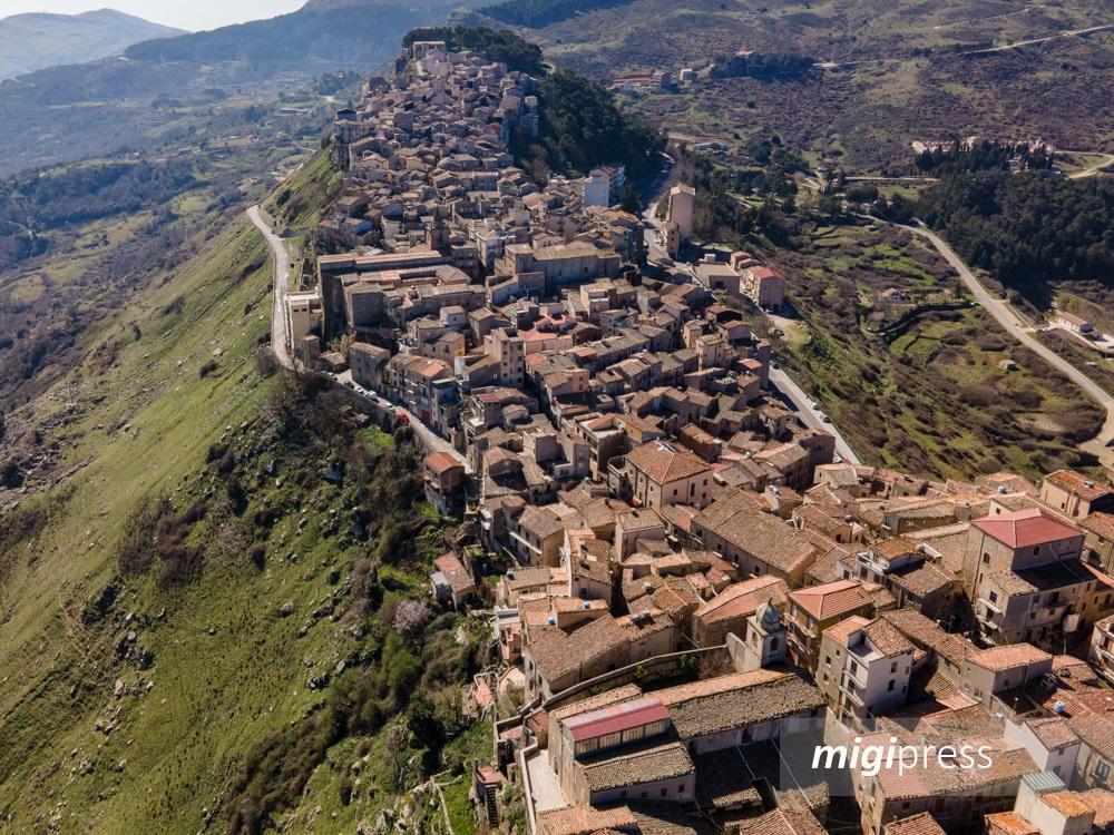 Borgo dei Borghi, per Geraci vittoria ad un passo: è terzo posto